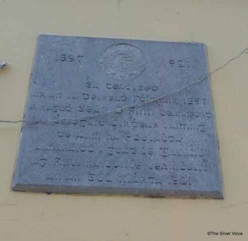 Plaque commemorating Séan Finn, who lived at this house died 30March 1921