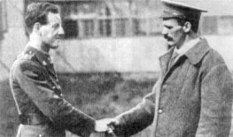 Martin O'Meara after Poziers, meeting another V C recipient, Albert Jacka. Image Wikimedia Commons