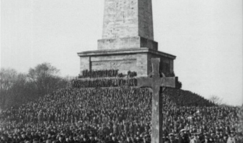 An estimated 40,000 attend Armistice Day commemorations in Dublin 1926