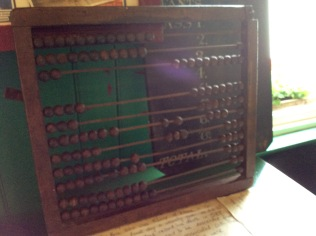 An abacus for learning to count