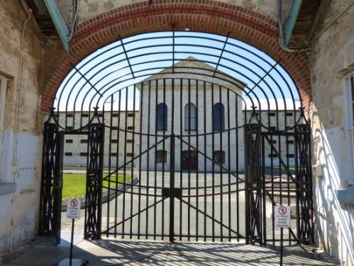 fremantle-prison gates