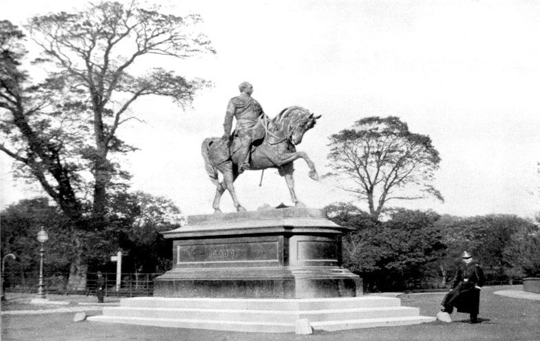 Gough_Monument,_Phoenix_Park